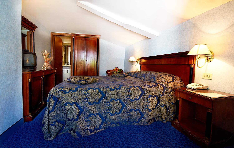 http://www.hotel-silva.com/wp-content/uploads/2015/09/camera.png